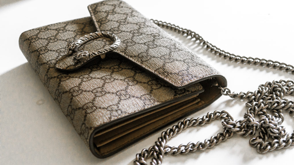 GUCCI WALLET ON A CHAIN REVIEW , Weekend Wishing